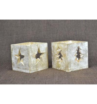 Lot de 2 photophores de Noël en bois patine dorée.