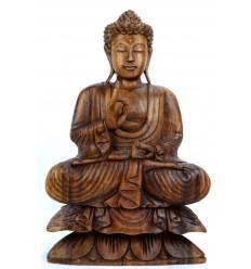 Scultura di Buddha seduto nel loto. Decorazione artigianato indonesiano.