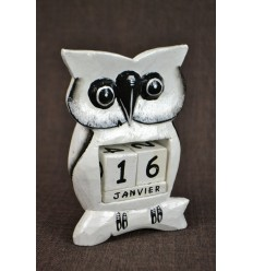 "Perpetual calendar ""owl"" white carved wood"
