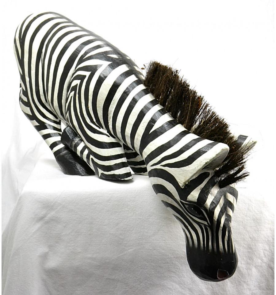 D co z bre noir et blanc statue z bre bord tag re originale for Deco zebre