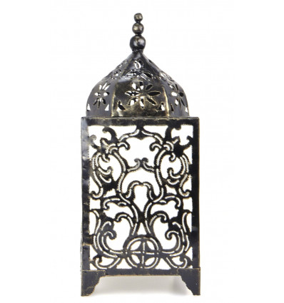 Original lamp in wrought iron craft. Baroque decoration on the cheap.