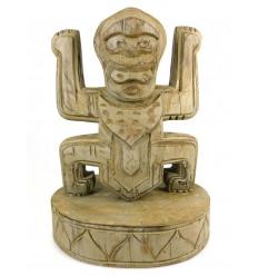 Totem statue trophée koh lanta en bois, déco style précolombien.