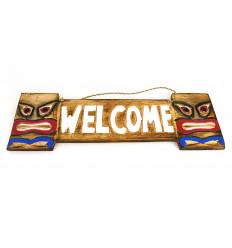 Porta in legno di benvenuto in stile tiki, all'interno o all'esterno.