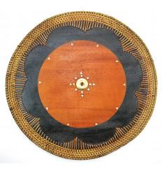 Tavolo rotondo in legno in stile esotico. Deco tavolo etnico.