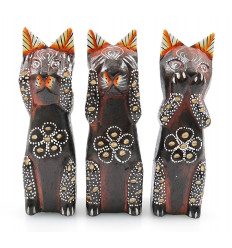 Statuetta gatto di casa in legno in tutto il mondo. Bali artigianato a buon mercato.