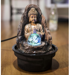 Petite fontaine d'intérieur Bouddha Peace avec éclairage Led