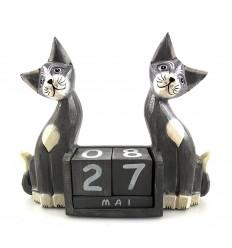 Calendrier perpétuel cube bois déco chat. Cadeau maitresse pas cher.