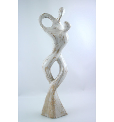 Large statue of a couple entwined, gift, birthday, wedding, wedding wood.