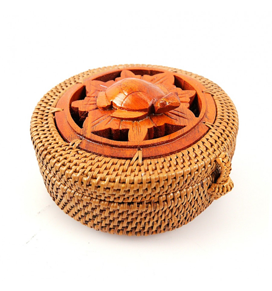 petite boite ronde artisanale en rotin bois tortue cadeau. Black Bedroom Furniture Sets. Home Design Ideas