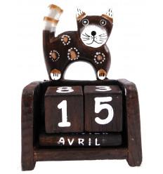 Perpetual calendar cat in wood. Crafts of Bali. Hand painted.