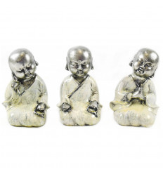 Buddhist monks: 3 small statuettes in white and silver lacquered resin 15cm