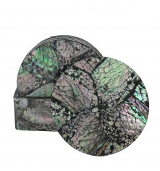Round coasters in natural mother-of-pearl star pattern