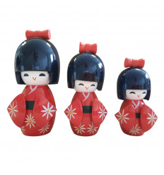 Lot of 3 wooden Kokeshi dolls. Japanese lucky charm - red color - face