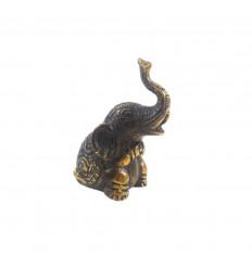 Statuette éléphant trompe en l'air en bronze 7,50cm